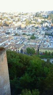 アルハンブラ宮殿からの眺め 201110040903000.jpg