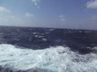 船窓より  クルーズツアー香港・神戸2012 117.JPG